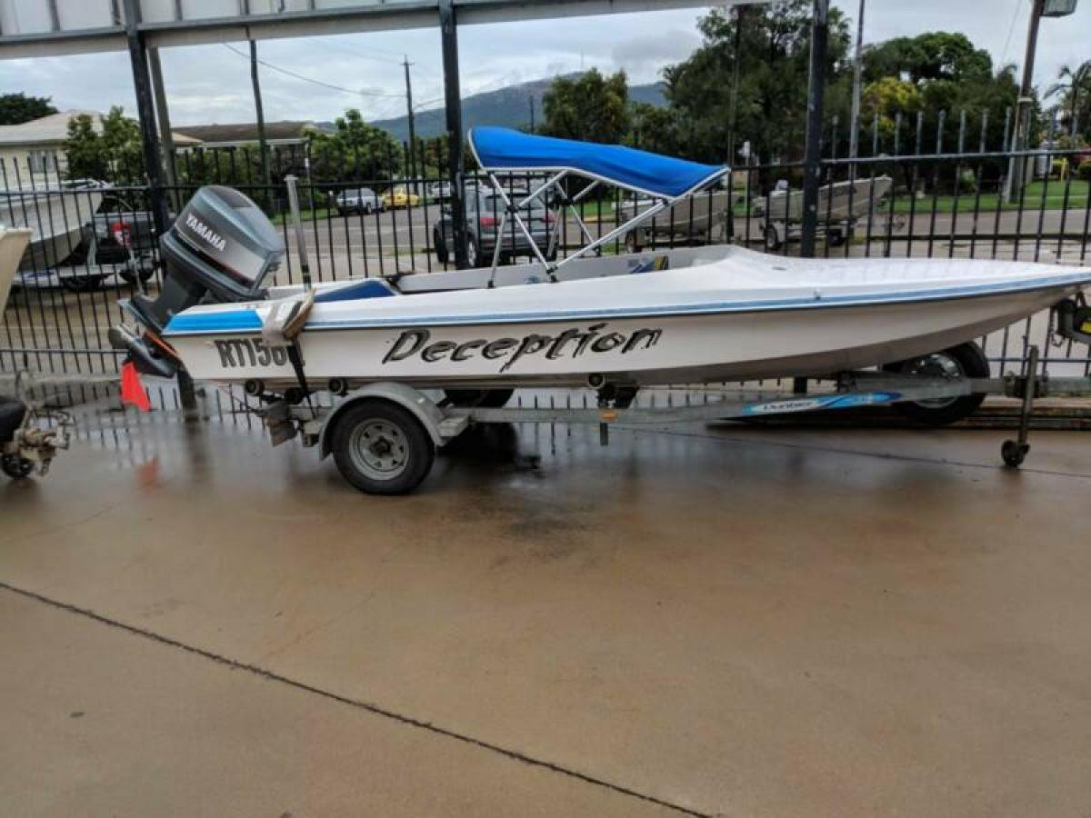Ski Boat Delta Craft  5.5m Yamaha 200hp