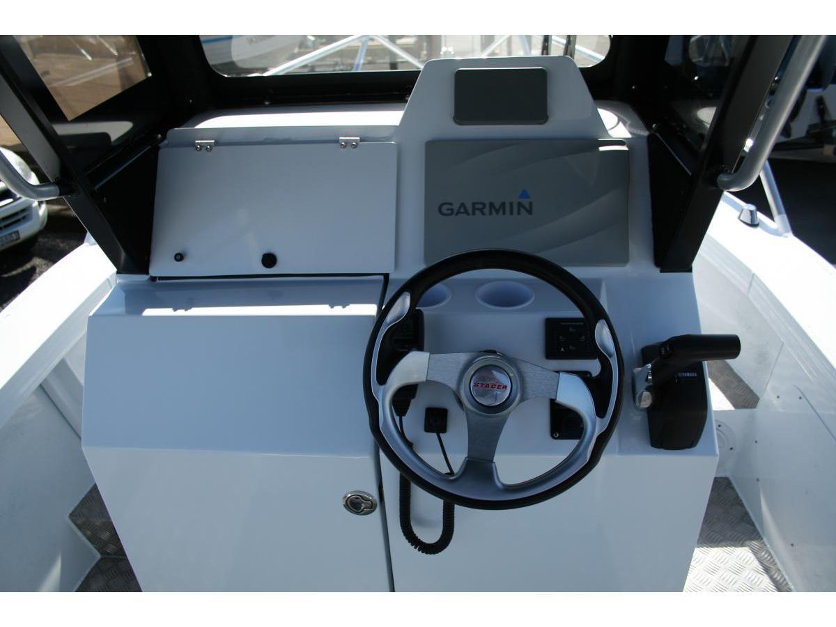 Stacer 589 Ocean Ranger